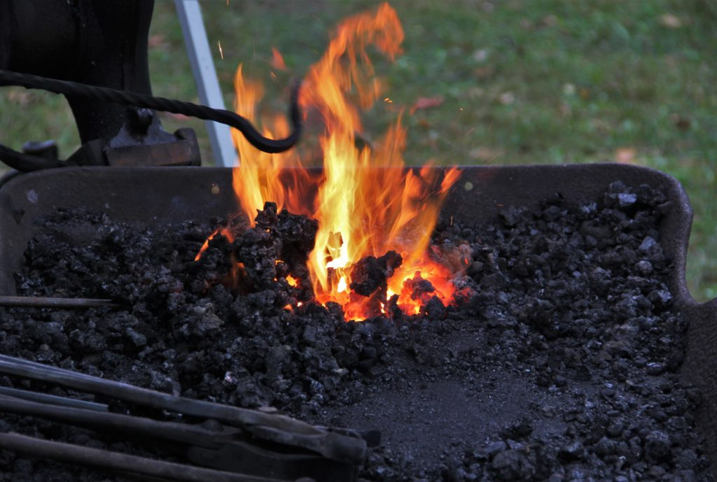 jordan-village-niagara-festivals-pioneer-day-coal-fire